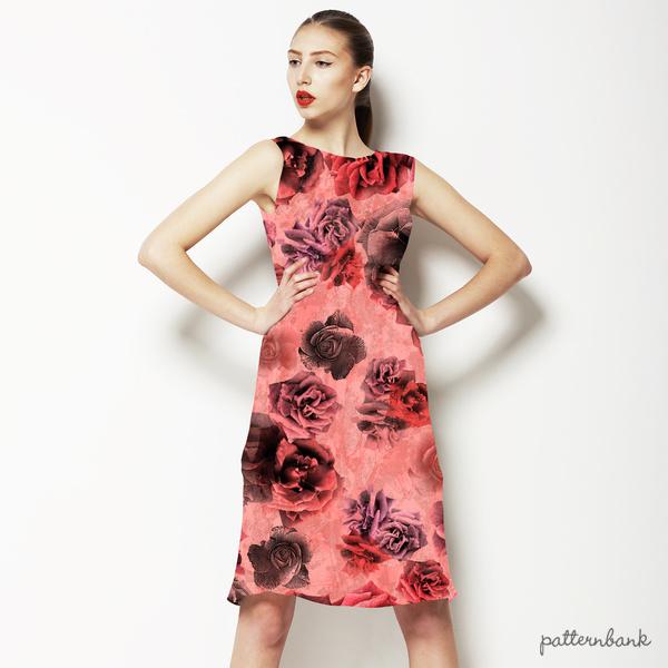 564 Rose Black Print